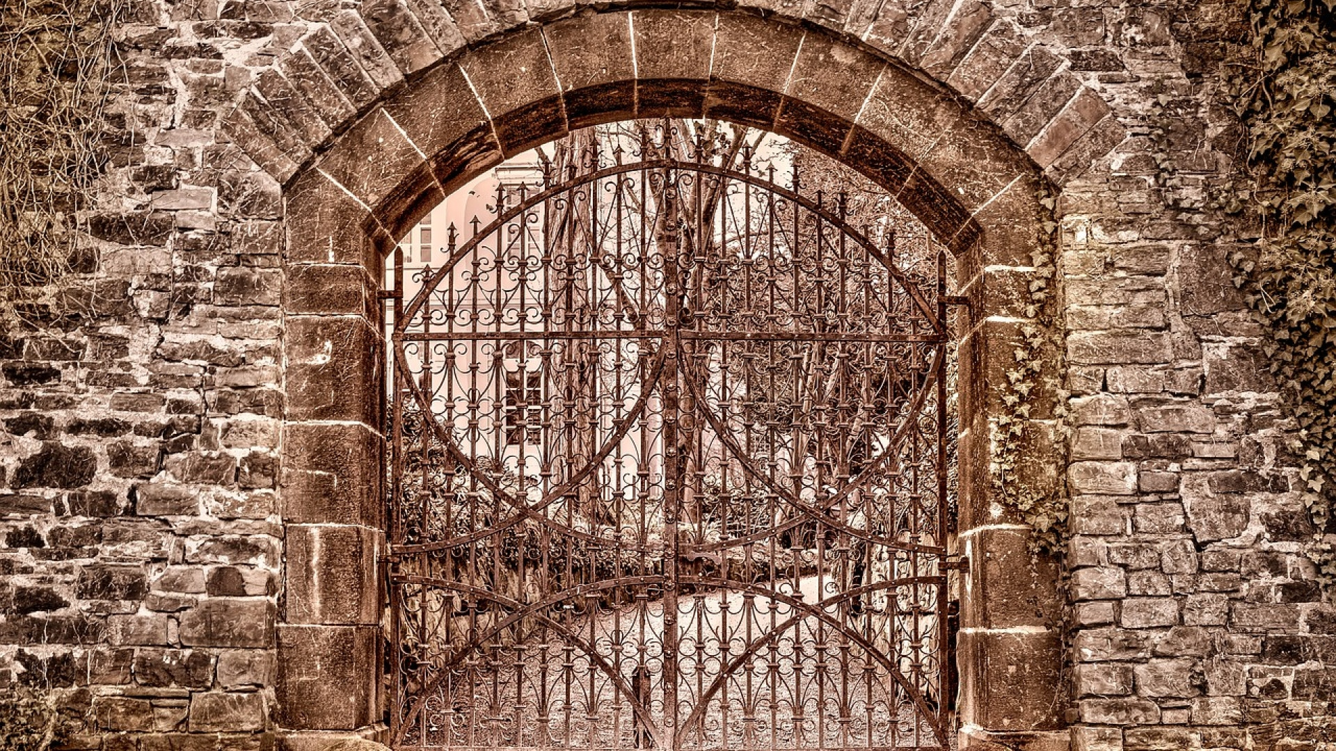 La motorisation est indispensable pour le portail !
